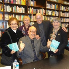 At New York's Upper West Side Barnes & Noble, I'm joined by affable B&N exec Steve Sorrentino and the REAL New Jersey housewives, who arrived in a car they rented specially for the occasion. That's Marie Sorrentino on the far left. (Be still, my heart. Major crush on Marie!)