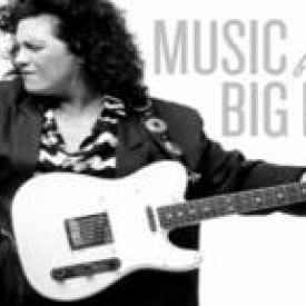 Just prior to going off on tour, I shared the stage with Canada's queen of the blues, Rita Chiarelli, at Eastern CT State Univ. Rita's documentary Music frrom the Big House, depicts her work with incarcerated musicians at Louisiana's Angola Prison.